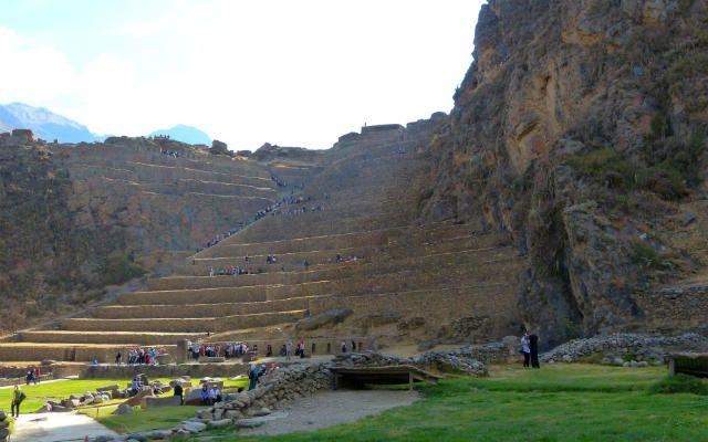 Terrazas De Cultivo De Ollantaytambo Destino Y Sabor Recorrer Inca Y Ciudad Perdida