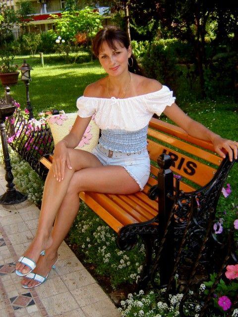les 49 meilleures images du tableau femmes russes sur pinterest femmes russes polonais et. Black Bedroom Furniture Sets. Home Design Ideas