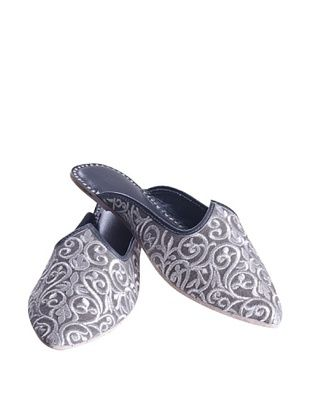 57% OFF Uptown Down Karma Curly Slipper (Silver/Grey)