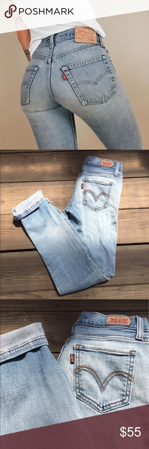 Levi Vintage Skinny Jeans W26 / 30L  flaws : NONE  offers: no lowballs (: Levi's Jeans Skinny