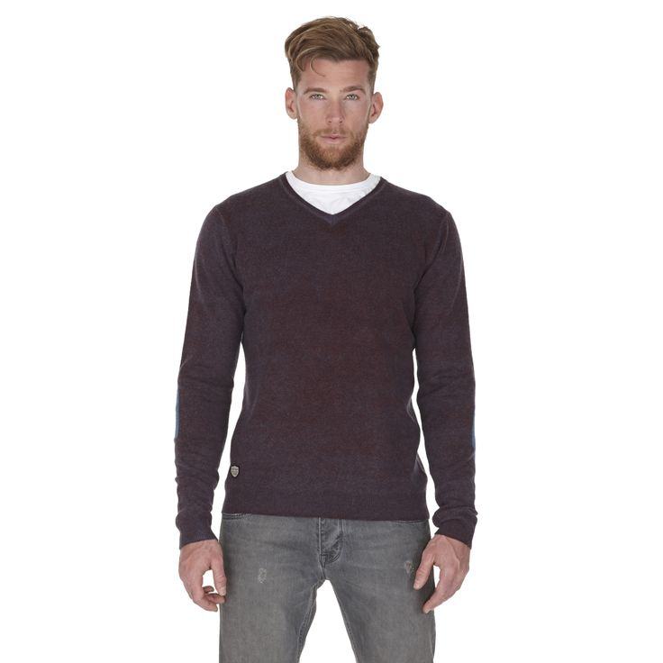 Sweater fall winter 13  collection#fredmello #sweater #fredmello1982 #newyork #fallwinter13 #accessibleluxury #cool #usa #mancollection