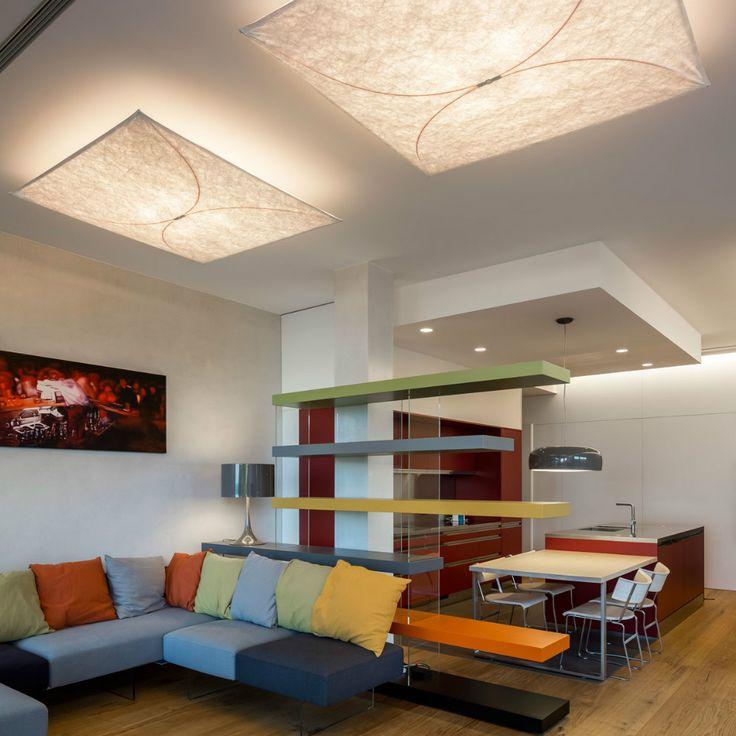 Flos Ariette, una lampada dal design pulito e dal diffusore in tessuto. Perfetta per regalare un'atmosfera delicata e accogliente.