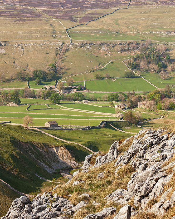 Littondale from Yew Cogar Scar - Yorkshire, England