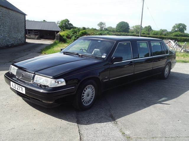 Lot 29 - A 1999 Volvo 960 limousine, registration number AJZ 2771, black.