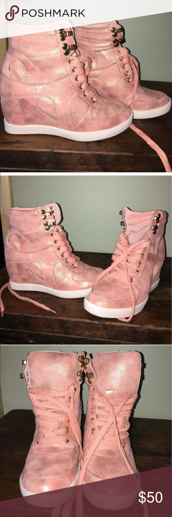 Top Moda fashion suede sneakers baby pink From moda internacional, top Moda , Beautiful baby pink color, size 7 , never used! Moda International Shoes Sneakers