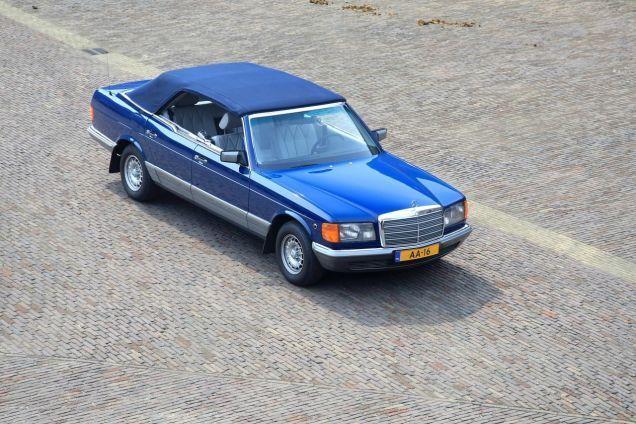 Dutch Royal Family Restores 1985 Mercedes 380 Sel Caruna Mercedes Benz Mercedes Mercedes Benz Cars