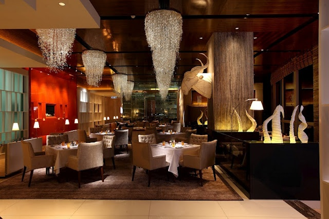 Gorgeous food, gorgeous place... that's Mandarin Grill in Mandarin Oriental KL