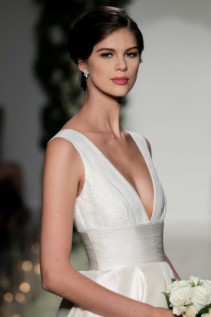 'Langham' by Anne Barge | Plunging neckline Anne Barge Wedding Dress | Photo by Dan Lecca