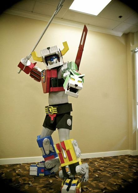 DIY Picture of Voltron Costume - seriously cool. Made out of carboard, paint, glue and a few other componenets.