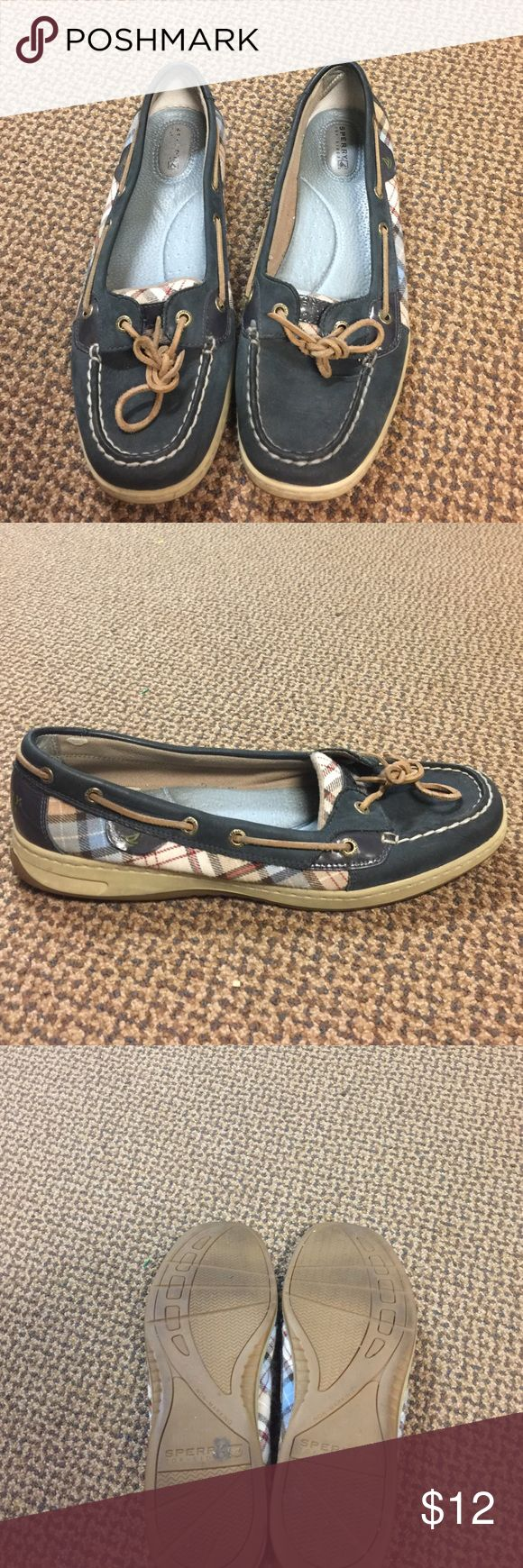 Sorry Top-sider shoes A little worn but still have some life! Sperry Top-Sider Shoes Flats & Loafers