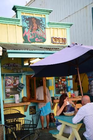 Best Food in Kauai: Travel Guide on TripAdvisor. Mermaids Cafe in Kapaa.