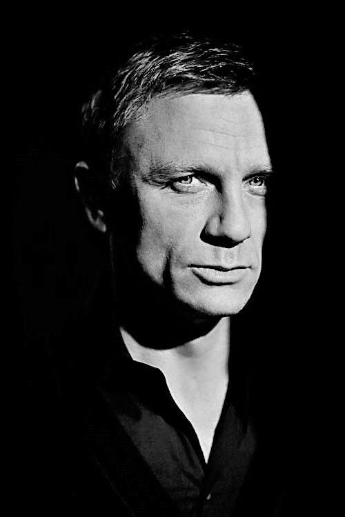 Daniel Craig .. 007