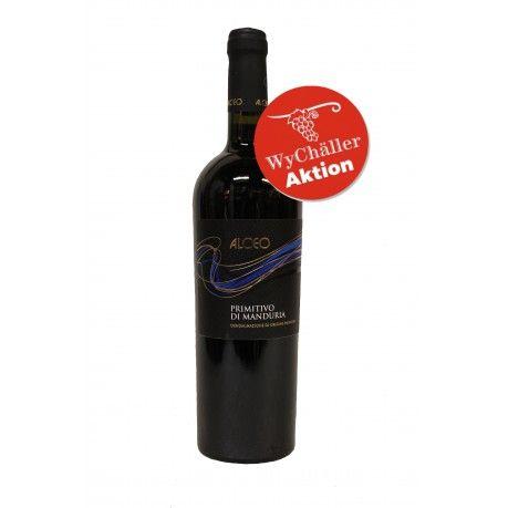 Produktion Der Alceo Primitivo di Manduria ist ein kräftiger Wein mit 3 monatigem Ausbau in Barriquefässern. Er kombiniert den rebsortentypischen fruchtigen Geschmack der Primitivo Rebe mit elegeanten Tanninen und würzigen Noten. Im Glas hat er eine granatrote Farbe mit violetten Reflexen. Es dufte nach einem Korb voller Waldfrüchte und würzigen Noten. Im Geschmack ist er kräftig und langanhalten mit runden aber präsenten Tanninen. Die Vollmundigkeit für durch den Holzausbau deutlich…
