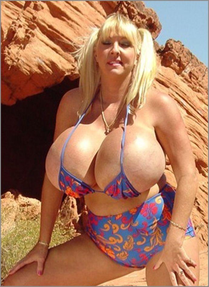 kourtney kardashian porn pics