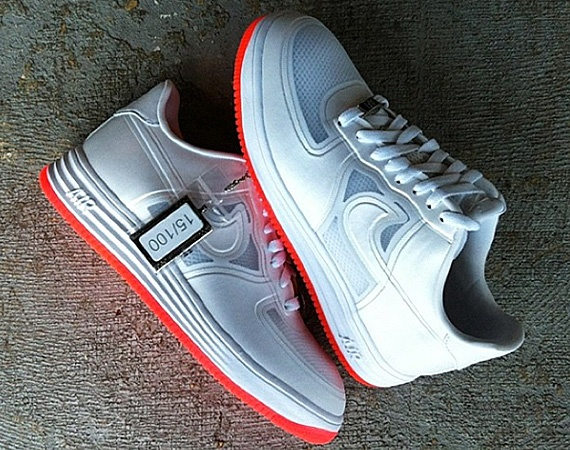 Nike Lunar Force 1 QS Easter