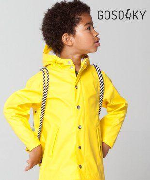 Een absolute must-have voor rainy days, de regenjas van Gosoaky. Van natuurlijk materiaal, dus warm en niet sweaty
