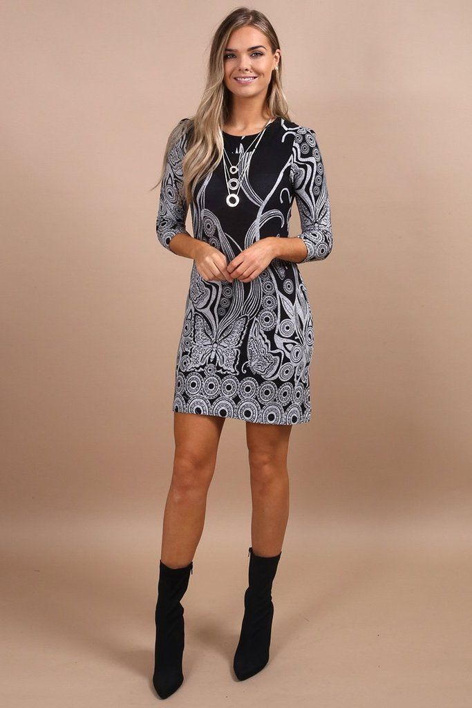 0d38a297129d How Gorgeous is this on Trend Printed Tunic Dress! Get ready for the colder  months