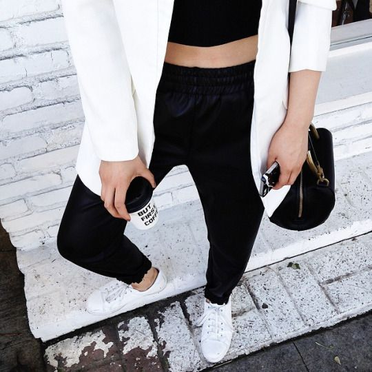 Nike Air Jordan First Class Erkek Lifestyle Ayakkabı Beyaz/Siyah U1P325