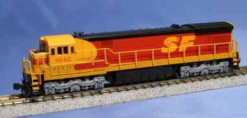 "Model Trains Kato Santa Fe Southern Pacific """"Kodachrome"""" Diesel Locomotive GE C30-7 176-0942 Cab No 8142 N Scale"