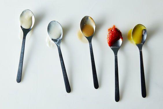 The Five Mother Sauces: velouté, espagnole, béchamel, tomato, hollandaise (recipe / instructions / advice for each) | Food52