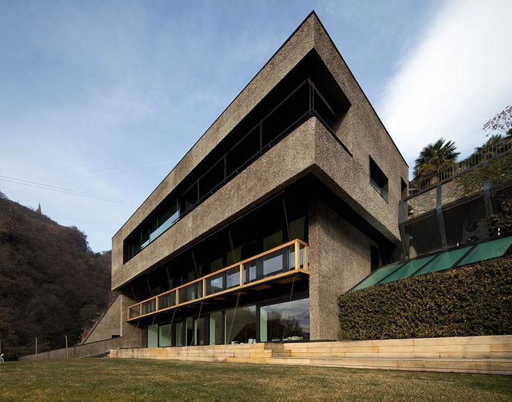 Collector 39 s house bolzano italy architects walter for Architecture design com