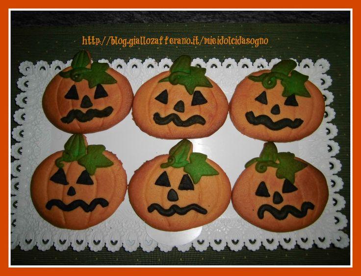zucche di pasta frolla, biscotti decorati per halloween