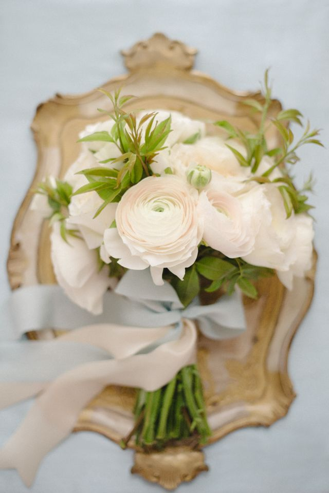 Ranunculus bridal bouquet with silk ribbons Claire Graham Photography | see more on: http://burnettsboards.com/2014/09/elegant-amalfi-coast-wedding-inspiration/