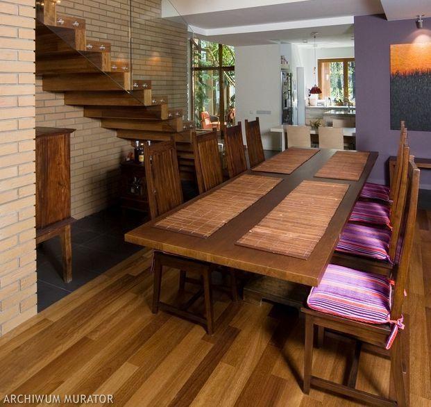 Przykładowe aranżacje salonu ze schodami. GALERIA ZDJĘĆ TOP 10