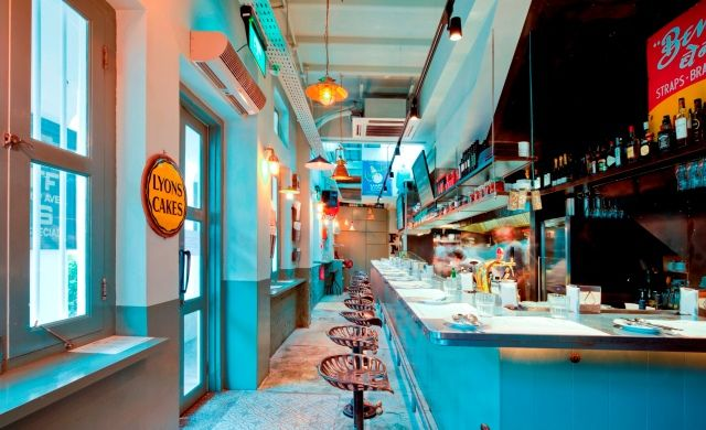 Top 10 Hottest Bars and Restaurants in Chinatown Now