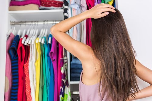 Lucky enough to have a walk-in closet? A big space means more shoes! But if not properly set up it also means a lot of clutter. https://goo.gl/QTFnNk