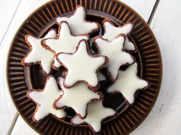 German Cinnamon Star Cookies   Das Vegan Monster - vegane & glutenfreie Rezepte