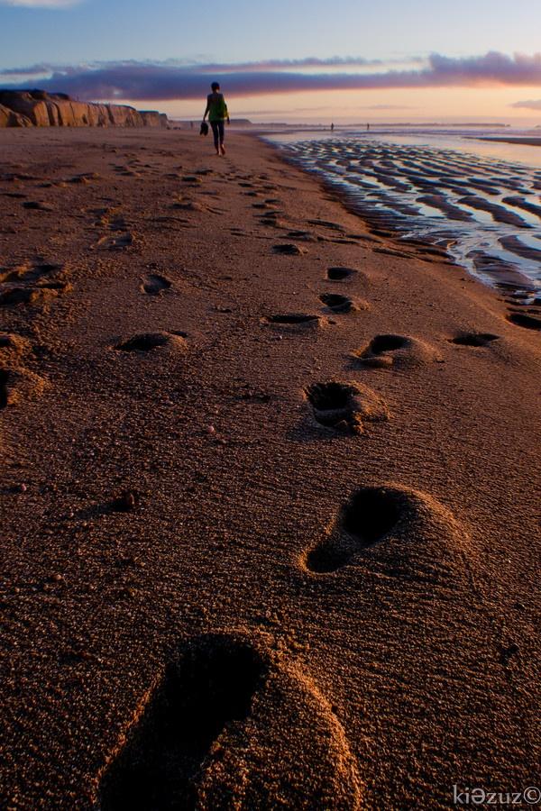 Walkin' on the Sand