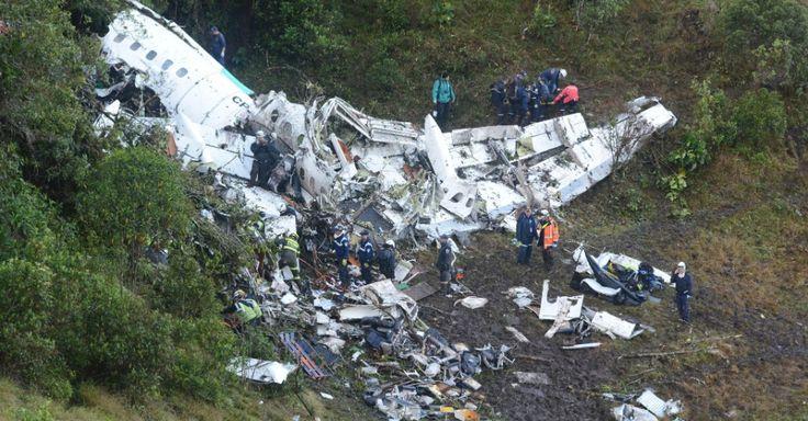 Vídeos e fotos mostram resgate no local da queda do avião da Chapecoense