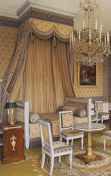 Le Petit Appartement de l'Empereur - Château de Versailles**.