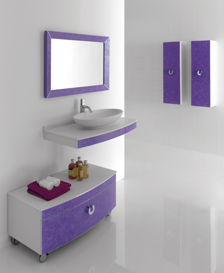 50 best images about pink and purple bathroom ideas on for Purple bathroom tiles ideas