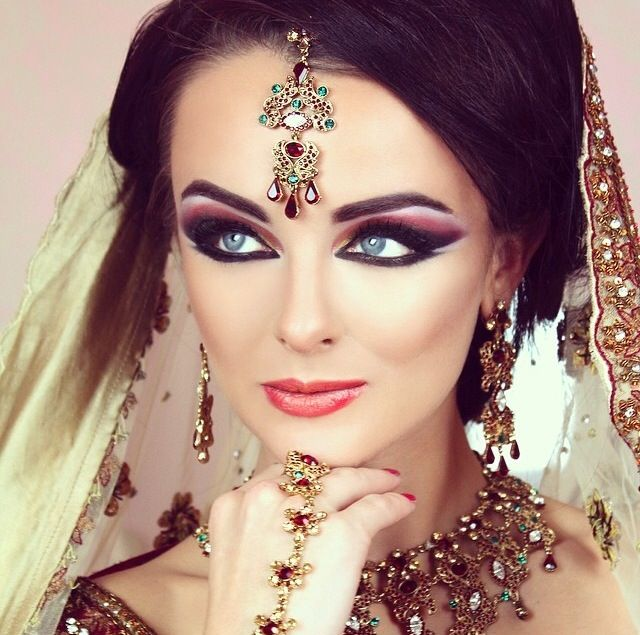 17 Best images about Makeup Indianas on Pinterest | Indian ...