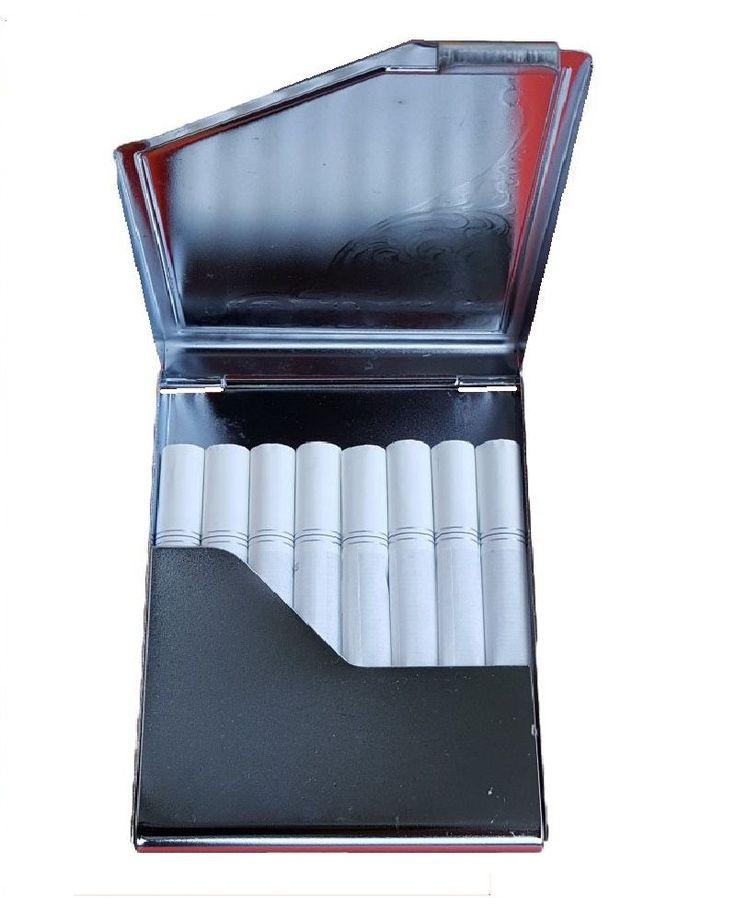 Tabachera metalica mini - cromata; capacitate ~8 tigari. Comenzi pe www.tuburipentrutigari.ro
