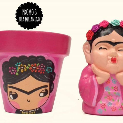 MAS PROMOS DIA DEL AMIGO!!!! Buscanos en face y chusmea!!!! ☝☝☝#diadelamigo #promodiadelamigo #macetaspintadas #buda #fridakhalo #deco #home #decoracion #color #diseño #regalosoriginales #cactus #pink #love #objetosdediseño