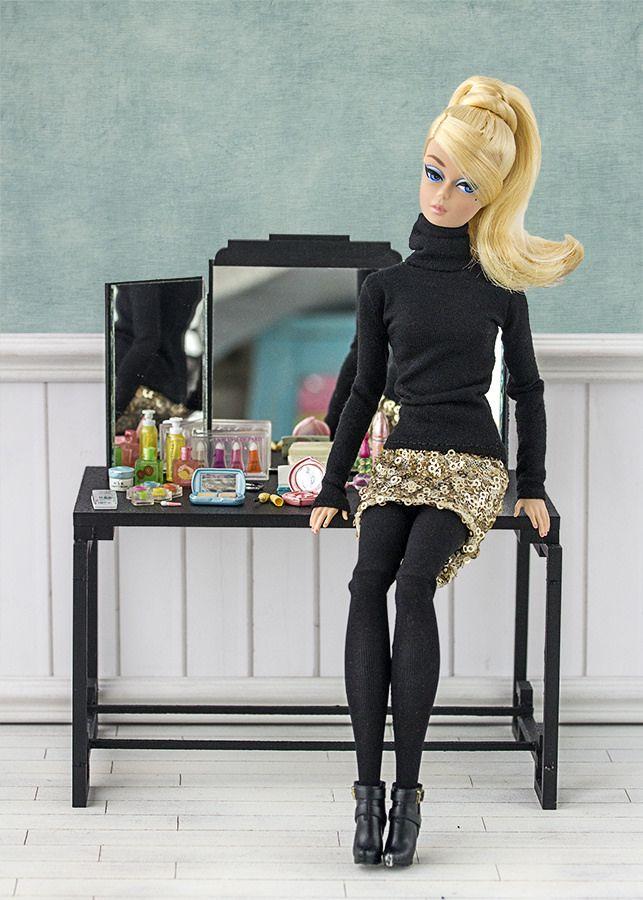 Barbie ropa y accesorios: Barbie Silkstone articulada DKN07
