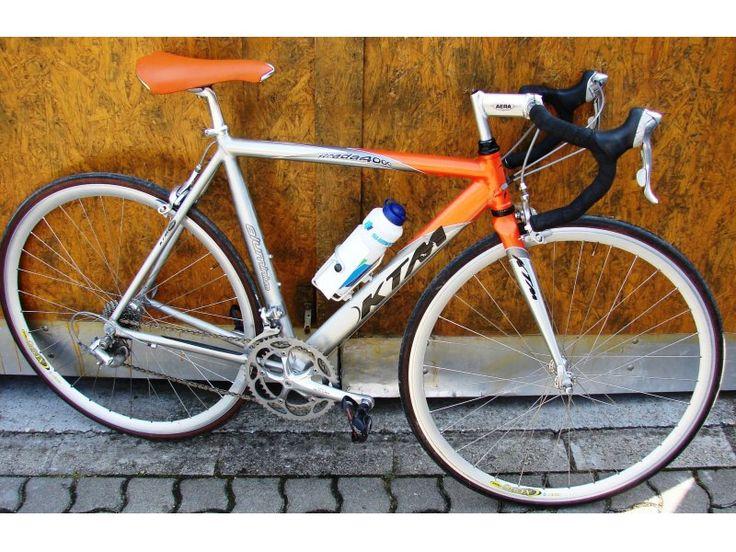 KTM Strada 4000 országúti kerékpár, full ultegrával szerelt, 54 cm vázmagassággal, tökéletes állapotban, continental gumikkal eladó.