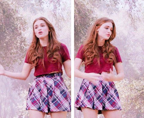 Definitely one of my fav Lydia Martin outfits