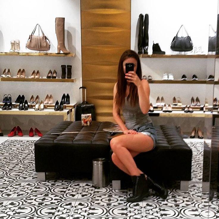 #ootd#selfie #brunette #freckles #freckleface #beauty #polishgirl#shoes #love#cute#casual#beauty#casadei#zanotti#baldinini#instagood#bymotyl