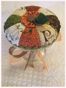 Wool Felt Central - Wool Felt Patterns - cute pincushion