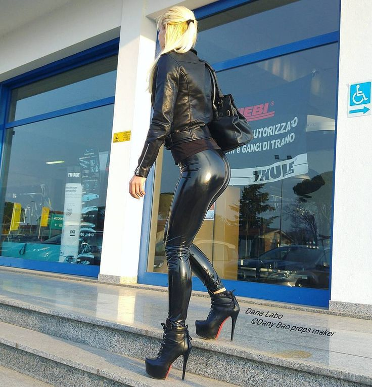 "2,595 Likes, 4 Comments - Leather leggings fashion (@leather_legs) on Instagram: ""@paulina_guzinska …"""