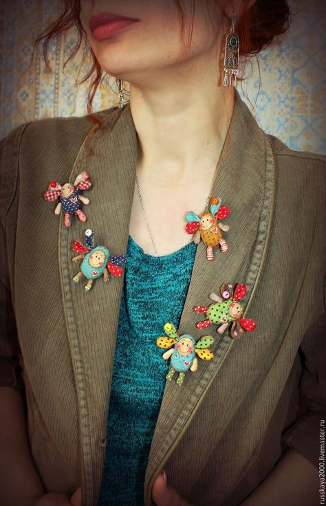 Текстильная брошь мошка - комбинированный, брошь ручной работы, текстильная брошь, саша русская