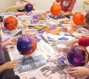 Fanalets rodons fets amb globus.