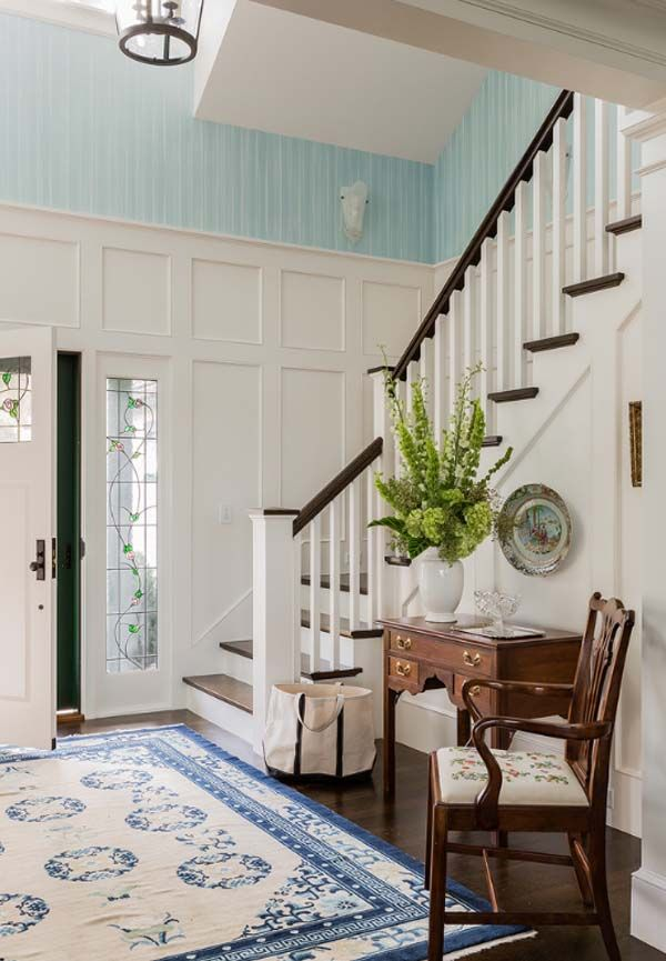 Colorful Seaside Residence By Elizabeth Swartz Interiors