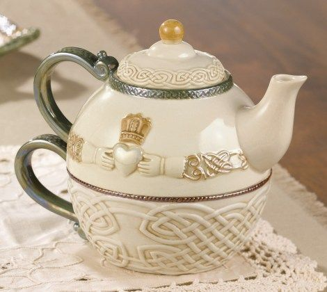 Celtic Traditions Tea for One Claddagh Teapot