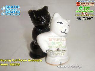 Kucing Full Resin Accouple WA 089526045767 #kucingporcelain #kucingporcelainmurah #souvenirkucingporcelainmurah #souvenirkucingporcelainunik #souvenirkucingporcelain #kucingresin #kucingresinmurah #souvenirkucingresinmurah #souvenirkucingresinunik #souvenirkucingresin  #KucingFull #DistributorFull #undanganPernikahanMurah #souvenirPernikahan
