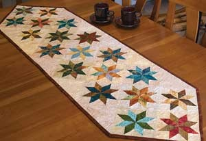 Dining With The Stars Table Runner by Judy and Bradley Niemeyer.Quilt Inspiration, Tables Runners Pattern, Quilt Ideas, Stars Tables, Quilt Tables, Quilt Runners, Quilt Bees, Tables Runners Topp, Table Runners